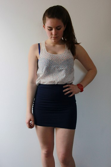 Natascha C - H&M Flower Shirt, H&M Blue Bra, Madison Red Watch, H&M Navy Bodycon Skirt - Abercrombie night.