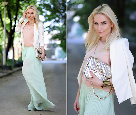 Silvia P. - Glowfashion.Ro Pants, Lashez Blouse, Mango Blazer, Vintage Purse - Mint