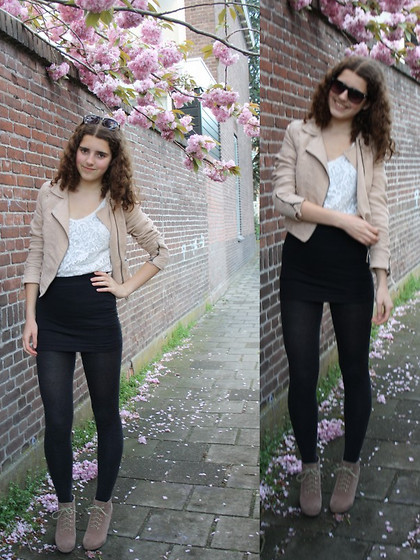 Janine De Bart - H&M Jacket, H&M Top, Lady Sting Skirt, Alysamode.Nl Wedges - Favourites