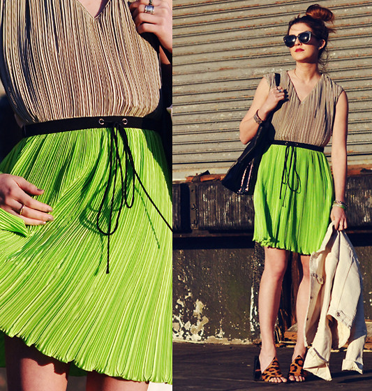 Laura Ellner - Radenroro Pleated Dress, Karen Walker Sunglasses, Pour La Victoire Handbag, Alexander Wang Leopard Mules - Key Lime