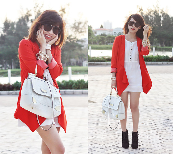 Linda Tran N - Blazer - When in doubt wear red