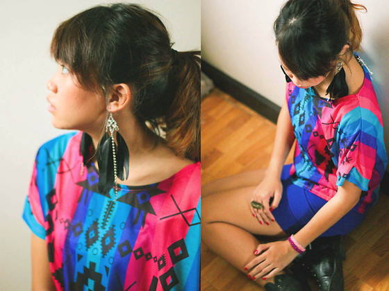 Mia Durano - Forever 21 Earrings - Fridays.
