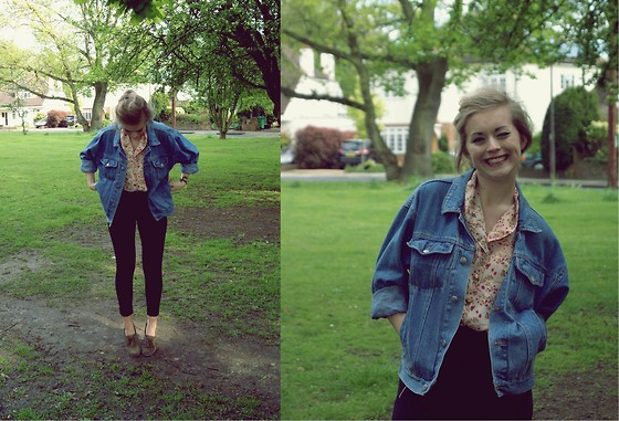 Alex Brown - Urban Outfitters Floral Playsuit (Worn As Top), Vintage Denim Jacket, H&M Highwaisted Leggings, Next Vintage Leather Loafers - I go ahead and smile
