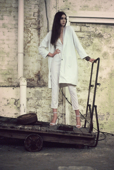 Sophie Bailey - Naomi Pullan Collection - Shades Of White