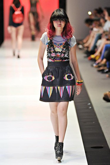 Lenne C. - Mash Up Chain Bustier, Mash Up Totemania T Shirt Dress (Grey), Mash Up Monster Skirt - WHAT A MASH-UP!