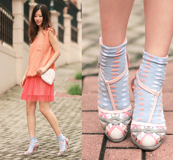 Mayo Wo - Yesstyle Knit Top, Anteprima Pastel T Strap Heels - Outpour of pastels