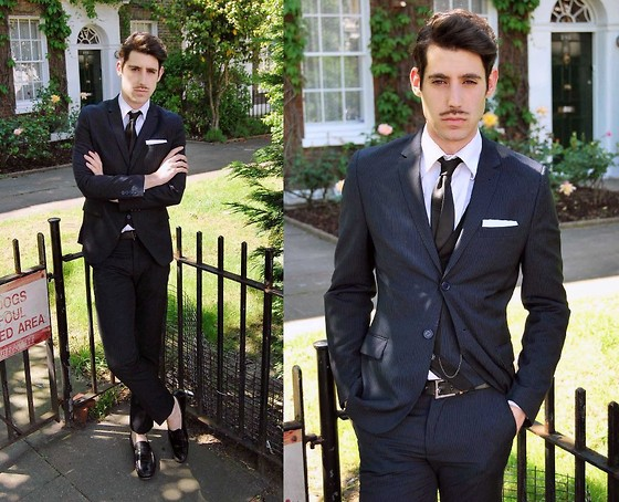Adrian Cano - Navy Suit, Loafers - Time Machine