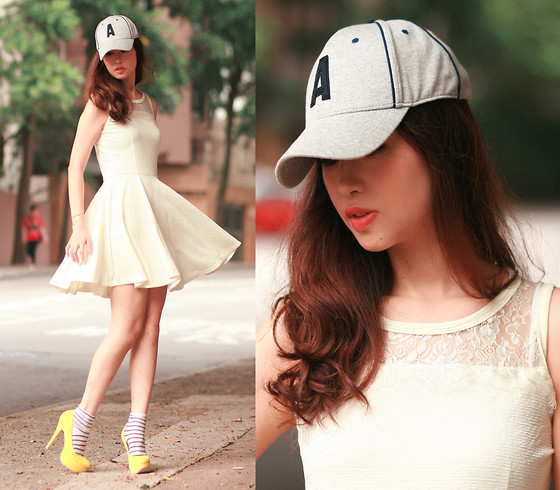 Mayo Wo - H&M Baseball Cap, Ianywear Lace Dress, Sugarfree Bowie Pumps - Reyed