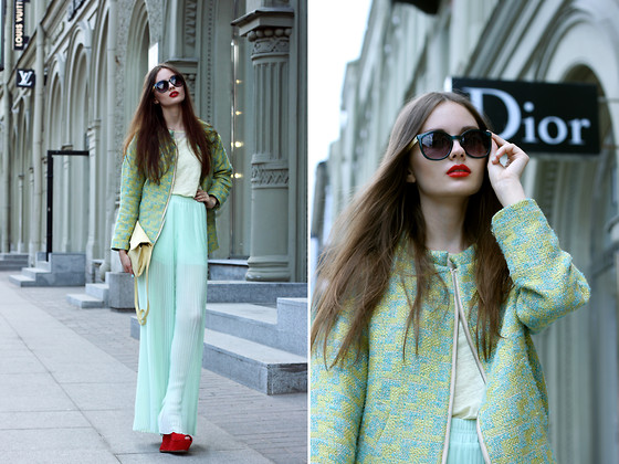 Anastasia Shepelevich - Alexander Mcqueen Shoes, H&M Bomber, Zara Trousers, Zara Sunglasses, Zara Clutch - WHAT CAN I DO, HONEY, I FEEL LIKE THE COLOR BLUE (c)