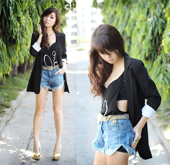 Kryz Uy - Saint Noir Tank, Iwearsin Blazer, Romwe Shorts, Luxury Mall Shoes Heels - Only You