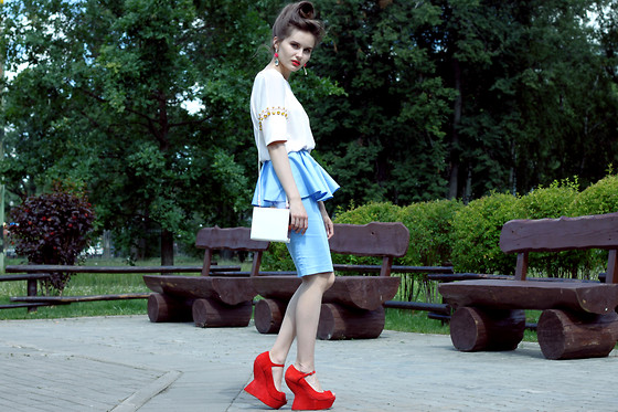 Anastasia Shepelevich - Alexander Mcqueen Shoes, Asos Skirt, Zara Bag, H&M Top - RUSSIAN ROULETTE