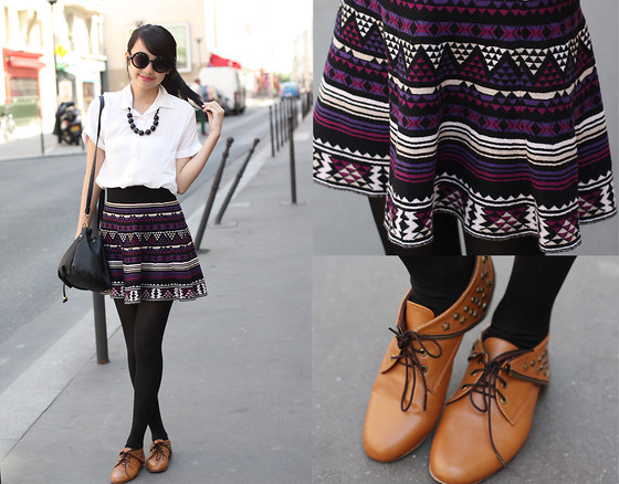 Sophie Ramos - Tutum Shop Brown Studded Boots, Style Nook Black Necklace, Fayenesss Shop Round Sunnies - Mexican