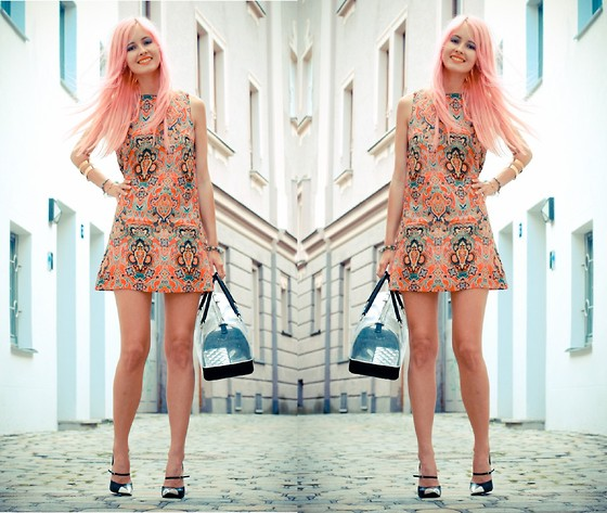 Daisy R. - Glamorous Paisley Dress, Furla Candy Bag - Finally Pastel Hair