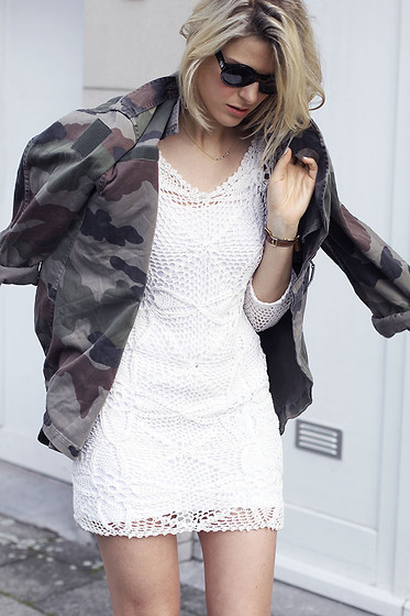 Sofie V. - Emma Clothing, Urban Outfitters Coat - Camo jacket and white lace