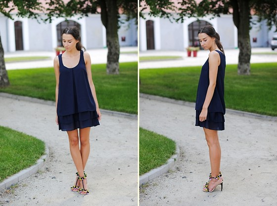Patrycja R -  - NAVY DRESS