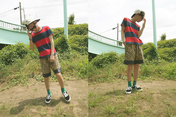Occun _ - Vans Sneaker, Supreme Cap, Super Sunglasses, Band Of Outsiders Tee, Opening Ceremony Shorts, John Lawrence Sullivan Socks - A walk in the park !! !! !!