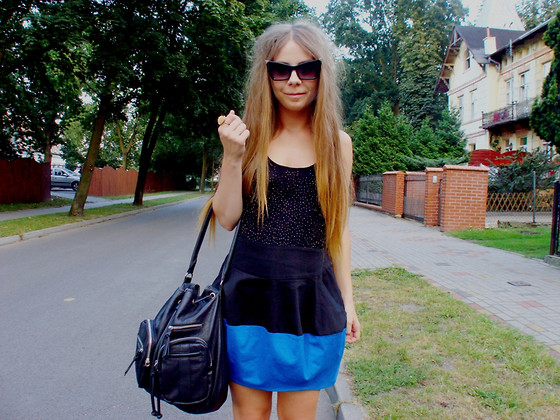 Martyna R -  - All in black