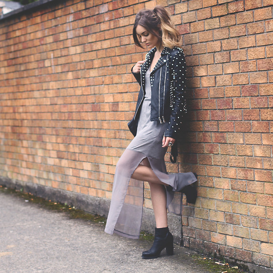Anouska Proetta Brandon - Zara Dress, Storets Jacket, Office Boots - Grey Monday.