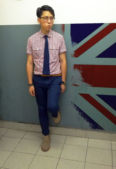 Nan Sun - H&M Check Shirt, Topman Blue Chinos, Mark Mcnairy Brown Suede Shoes - London  2012