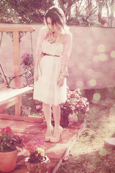 Liz Albuquerque - Pink Cardigan, Dress, Steve Madden Belt