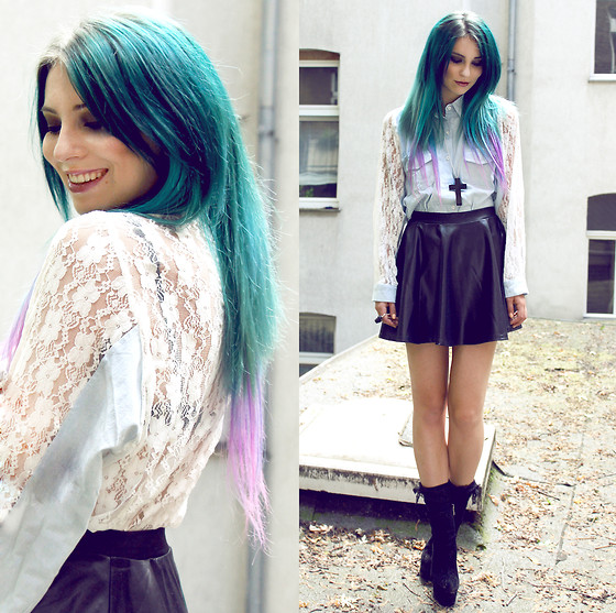 Masha Sedgwick - Shirt, Skirt, Boots, Necklace - CHECK THE URBAN OUTFITTERS GIVEAWAY ON MY BLOG!