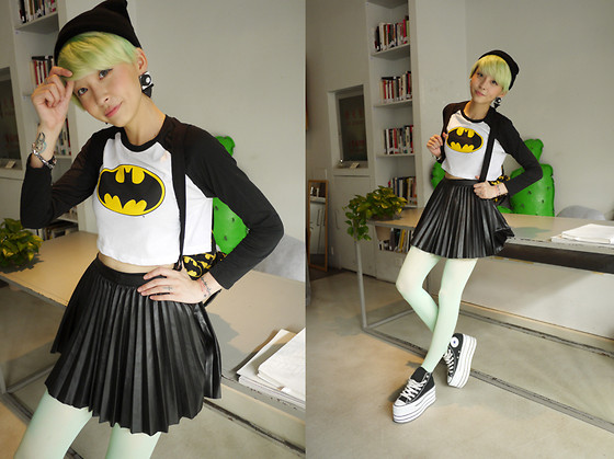 SiShi Yan - Earings:Sly, Lazy Oaf Top:Lazy X Batman Collab Collection, H&M Dress:H&M, Converse Shoes:Converse, Lazy Oaf Bag:Lazy X Batman - Batman girl