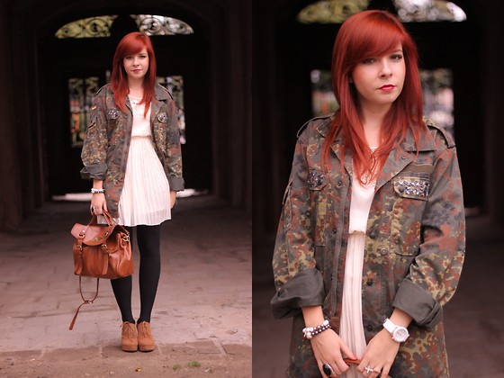 Magdalena R. - Second Hand Jacket, Etorebka.Pl Bag - Camo jacket