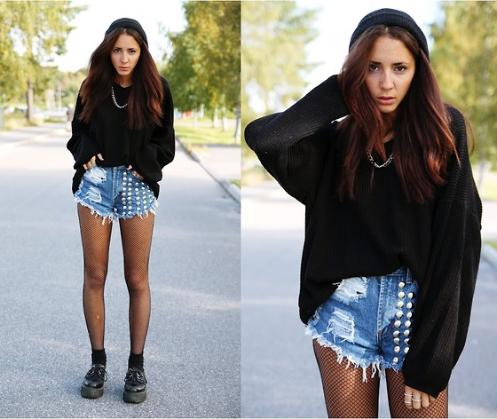 Malin E. - Secondhand Sweater, H&M Hat, Shorts, Secondhand Creepers - We found each other in the dark.