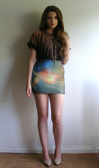 Chol Fable - Handmade Dip Dye Ombre Tshirt, Ebay Galaxy Skirt, Gift Necklaces, Hs Nude Heels - Axl Rose Husband