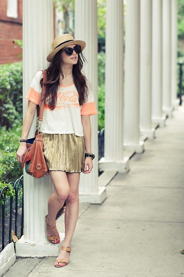 Laura Ellner - H&M Hat, Vintage Shirt, Rebecca Minkoff Bag, Forever 21 Skirt - It's The Real Thing