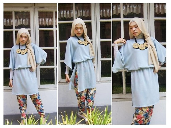St Zubaidah - Zum Collection Short Dress, Zum Hijab, Zum Collection Flower Pants - Flower with grey
