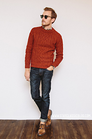 Stay Classic - H&M Sweater - September 19, 2012