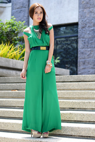 Laureen Uy - Sm Accessories Necklace, Ministry Of Retail Jumpsuit, Alexander Mcqueen Belt - Green Is The Color Of The Day (BMS)