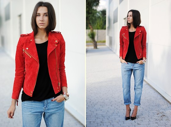 Patrycja R -  - RED BIKER JACKET