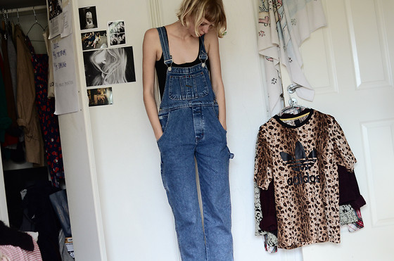 Amanda L - Top, Secondhand Dungarees - Nananananana, sunday.
