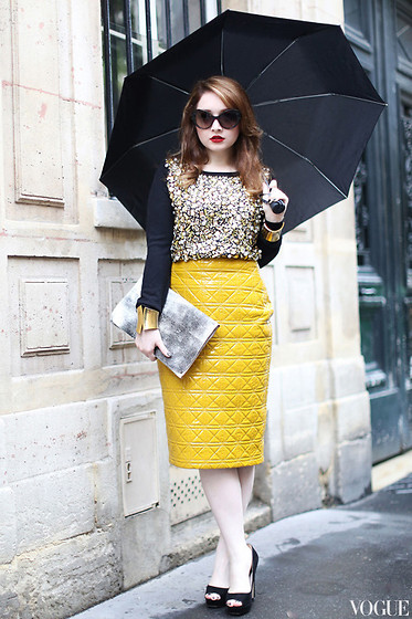 Ioa G - Prada The Baroque Sunglasses, Miu The Black Pumps, Venera Arapu The Mustard Rain Skirt, The Worn Out Clutch, Mango The Gold Cuffs, H&M The Embellished Sweater, Mango The Glitter Umbrella - A 'Vogue' Idea.