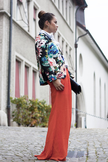 Romina Ch - Isabel Lu Pants, H&M Floral Blazer - Colorful Fall with Isabel Lu