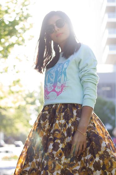 donna Samanthajane Clothing By Poncho