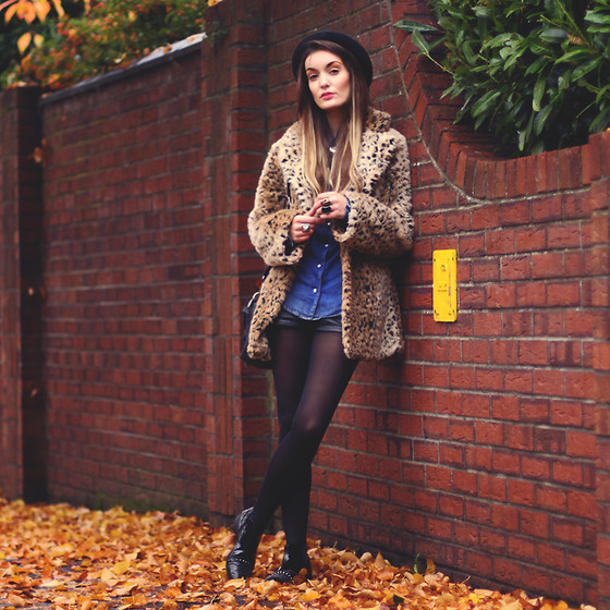 Anouska Proetta Brandon - Motel Coat, Vintage Denim Shirt, H&M Shorts, Missguided Boots, Merrin & Gussy Necklace - Autumnal.