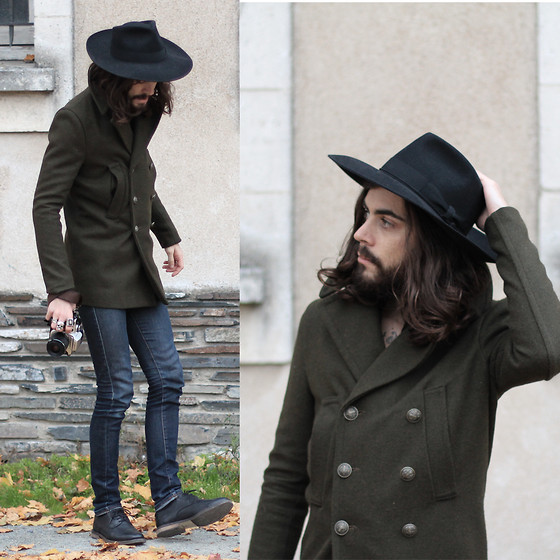 Tony Stone - Flechet Black Hat, Virgin Blak Olive Coat, The Kooples Blue Skinny, H&M Black Shoes - Cathedrale