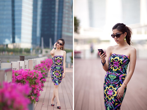 Silvia Siantar - Poise24 Strapless Print Dress, Christian Dior Cat Eye Sunglasses, Christian Louboutin Very Prive - A different mix feat. Poise24