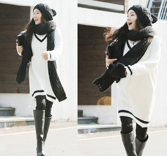 Becky Baek - V Neck Long Knit, Black Long Boots - Black&white