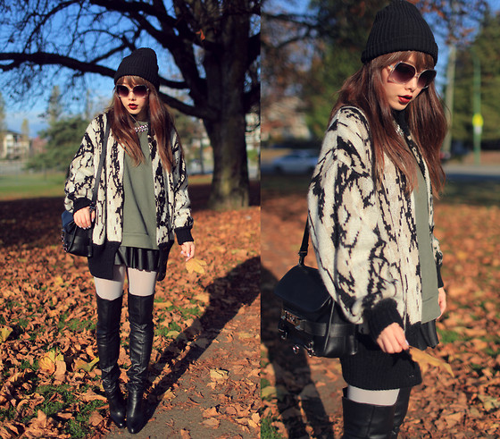 Ivy Xu - American Apparel Beanie, American Apparel Drop Shoulder Pullover, Vintage Cardigan, Aldo Boots, Proenza Schouler Ps2 Bag - Snake print and leather