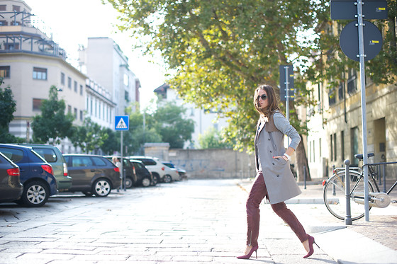 Erika Boldrin - Stefanel, Hugo Boss Leather Pants, Pollini Heels, Giorgio Armani Sunglasses - Walking