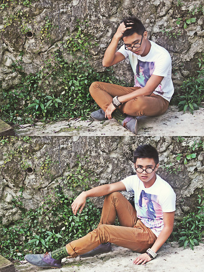 Kojin Domingo - Bench Printed Socks, Sm Dept. Store Printed Shirt, Penshoppe Shoes - Earth-ling