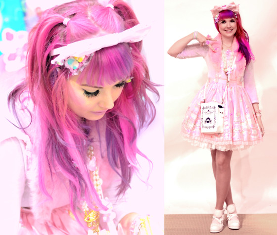 Roxie Sweetheart - Angelic Pretty Decoration Dream Dress, Roxie Sweetheart Accessories, Bodyline White Pom Pom Shoes, Cinderella Book Bag, Vivienne Westwood Pearl & Gold Orb Necklace, Vintage Pink Fur Collar - Decoration Dream