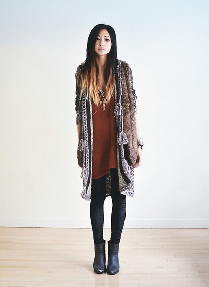 Alyssa Lau - Free People Kai Pom Pom Cardigan, Vanessa Mooney Cross Necklace, Briwok Body Chain, Romwe Velvet Leggings, Sheinside Faux Fur Vest - Polly wants a cracker
