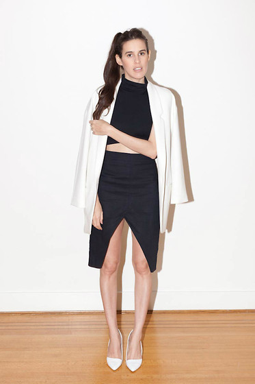 Melissa Araujo - Zara Blazer, American Apparel Crop Turtleneck, Diy Skirt, Aldo Shoes - Monochromatic