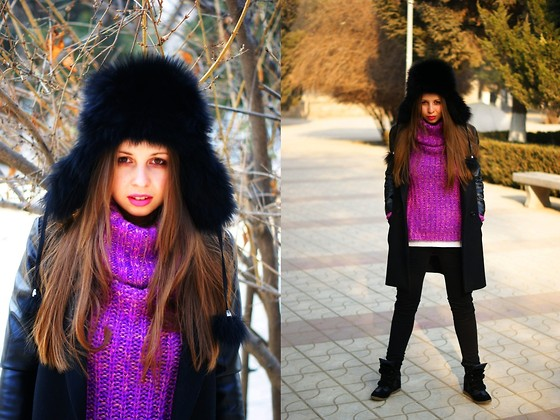 A N - Russian Ushanka, Asos Oversized Sweater, Mango Denim Jeans, Thrifted Sneakers - Make room))