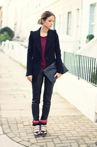 THEFASHIONGUITAR - - H&M Blazer, H&M Shirt, Selected Femme Leather Pants, Givenchy Clutch, Isabel Marant Sneakers - BURGUNDY BITS